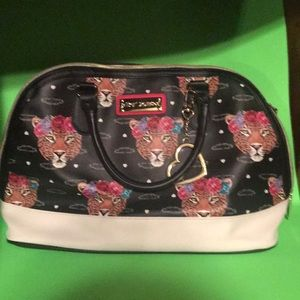 Hear me roar Betty Johnson purse!